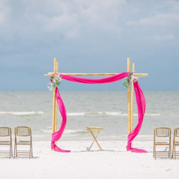 Simple Pink Wedding Decoration
